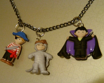 Trick-or-Treaters Necklace