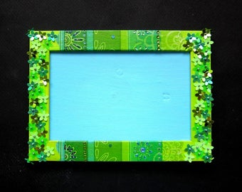 Frame Photo 10 x 15 - shades of green and blue with decoupage, rhinestones and flowers confetti. TO ORDER
