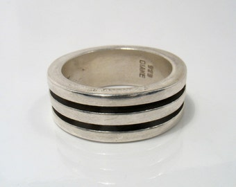 Men wedding band-Three Dimensional Silver Oxidized Band Unisex Ring