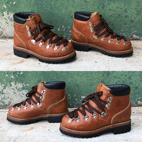 Rare Deadstock Vintage Brown Leather Rocky Hiking Boots with Vibram Soles |  US Women's 5 | 5.5 | 6