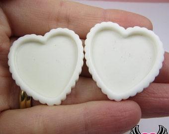 White Resin Cameo Setting (5 pieces), Heart Bezel, Blank Heart Frame, Flatback Heart Cameo Frame, Heart Tart Base, Resin Cameo Setting