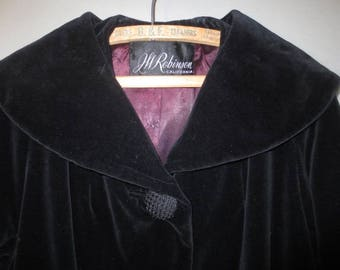 Vintage 1950's Black Velveteen Opera Coat // Swing Coat, Original Mary Lou, JW Robinson, California, Raglan Sleeves, Side Pockets