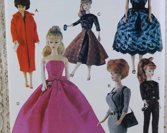 """Vogue 690, Doll Clothes Sewing Pattern, 11-1/2"""" Doll Clothes Pattern, Vintage Look Fashion Doll Clothes Pattern, Vogue Craft Pattern, Uncut"""