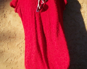 RED HEART DRESS - Stretch TShirt Tunic Medium Retro Romance Holiday Party Cocktail Fashion Cut Out Chenille - Christmas Necklace
