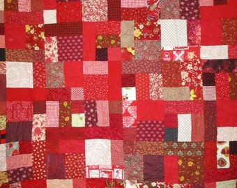 Twin Size Bed Quilt Red Scrappy 37