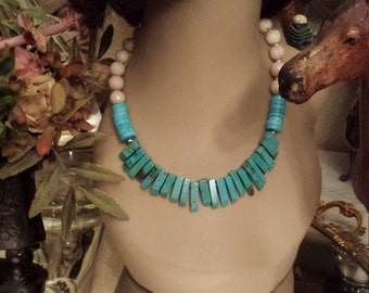 One strand necklace made with faceted natural jade and turquoise