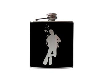 Scuba Diver Flask- whiskey, liquor, wedding, bridal party,- Personalized Custom - YOU pick COLOR
