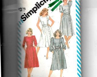 Simplicity Misses' Dress Pattern 6212