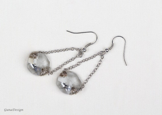 Dangle drop earrings, glass bead long dangling earrings, silver color chain earrings for woman by GunaDesign