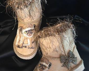 Beige Monkey Girl's Boots, Size 6