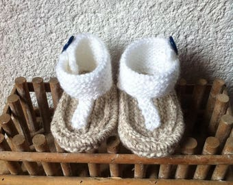 Sandals tong baby knitting pattern 0 / 3 months