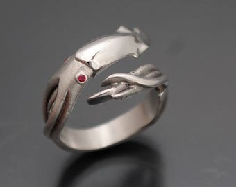 squid ring  silver with gem eyes