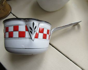 Pan set Three enamel saucepans French vintage Cooking pans Red and white pans Saucepans 1930s Chippy enamel Shabby chic