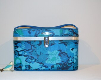 Vintage Train Case Blues Aquas & Greens