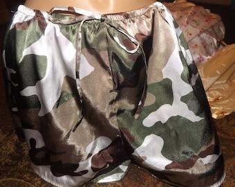 SALE Vintage Silky Camoflage Tap Pants Panties Medium
