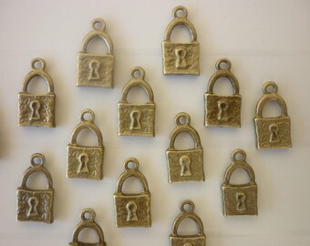 5 bronze lock charms