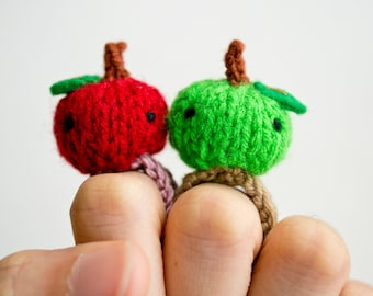 Momshoo- green red apple twins knitted amigurumi ring