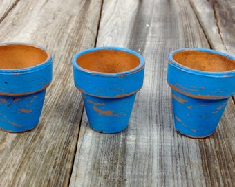 Tiny turquoise terra cotta pots set of three distressed chippy paint/ shabby chic/ beach decor/ home decor/ patio decor/ rustic