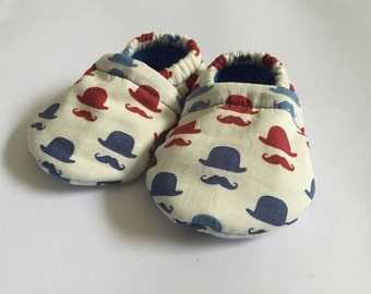 Bowler hat and moustache baby shoes, Baby booties, Boys Booties, Boys shoes, fabric shoes, fabric booties, gift, uk, handmade, girls