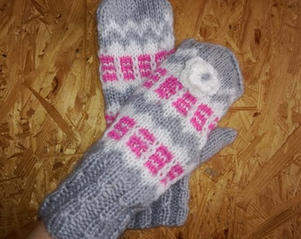 Knit Mittens, KNIT GLOVES, Spring Gloves, Winter Mitts, Hand Knit Gloves, Multicolor Gloves, Multistripe Gloves, Gray Mittens, Pink Gloves