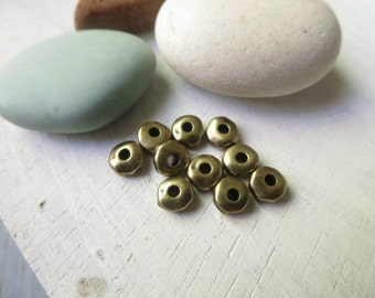 mini  pewter heishi nugget  beads  , small 5mm rondelle oxidized antiqued brass plated spacer , metal casting  20 beads / 8aT-0435-27