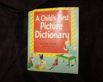 vintage1971 A Childs First Picture4 Dictionary Lilian Moore