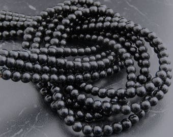 94 4mm black Agate beads