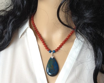 Blue Veins Agate and Carnelian Necklace