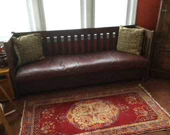 Antique Stickley Era Mission Style 76-inch Settle Settee Bench Sofa Couch/Single Leather Seat Cushion