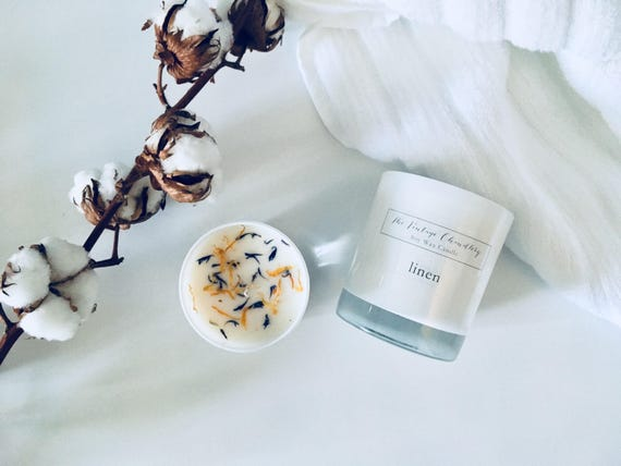 Boutique two wick soy candle finished with dried flora