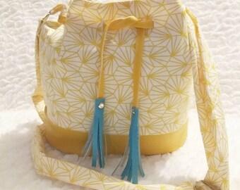Shoulder bag bucket graphic mustard bucket bag