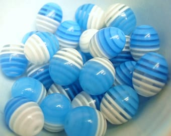 20x 12mm Resin Egg Shaped Oval Stripey beads in Turquoise Blue and white and clear