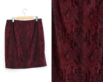 Vintage skirt. Midi skirt. Red + Black. High waist skirt.