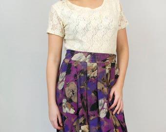 Vintage 80s Floral Pleated Midi Skirt Lightweight Spring Summer Violet Purple Flower Print