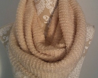 Women's chunky knit scarf, Sweater Knit Infinity scarf, Women's scarves, warm scarves, winter scarves, knit scarves for women, Gift for her