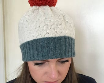 Knitted lambswool bobble hat