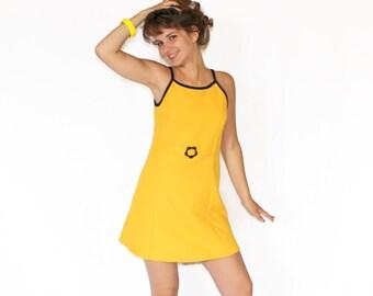 70s Yellow Sundress. Size Medium. Mini Dress Yellow Black Dress. A Line Summer Dress. Beach Coverup. Mad Men Fashion