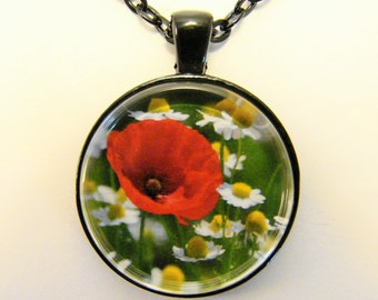 POPPY and DAISY Necklace -- Wild poppy in a field of daisies, Nature in red, yellow, green and white, Friendship token