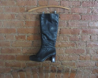 1970s knee high black leather boots
