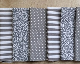 Gray and White Cloth Napkins, Set of 12