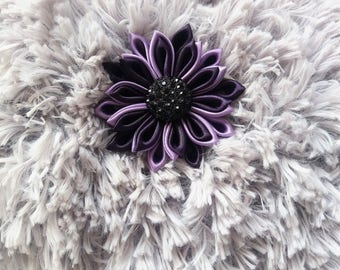 neck faux fur shrug with flower brooch