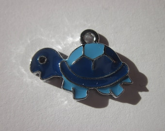 metal colorful 1.7 cm (D4) turtle shaped charm