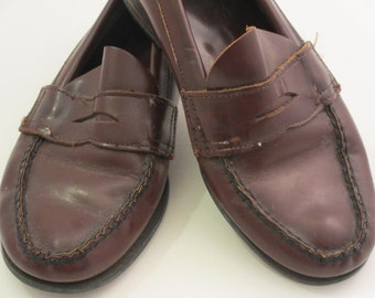vintage penny loafers by Sperry leather slip on's vintage sperrys vintage loafers vintage cordovan slip on shoes for kids