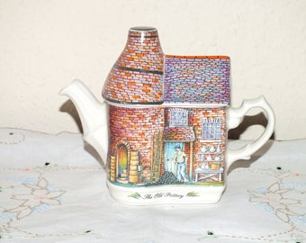 Collectible Vintage Sadler The Old Pottery Ceramic Teapot