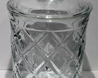 Glass Biscuit Jar with Lid, Diamond Quilt Pattern