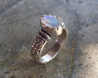 Moonstone Engagement Ring, Rainbow Moonstone, Diamond Cut, Natural Moonstone, Natural Gemstone, Solid Silver Ring, Pure Silver