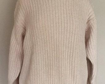 Vintage Banana Republic Sweater (Medium)