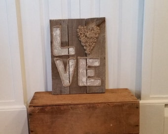 Love, knotted jute, pallet wood, patterned paper