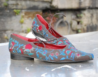 Vintage Pointed Toe Embroidered Flat Canvas Pump By French Designers 'Ventilo'. 1990s. Size UK 3.5/ EU 36/ US 5.5. Never Been Worn.