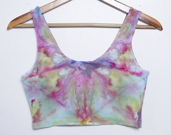 Psychedelic Ice-Dyed - Size Large - L - Floral Vibes
